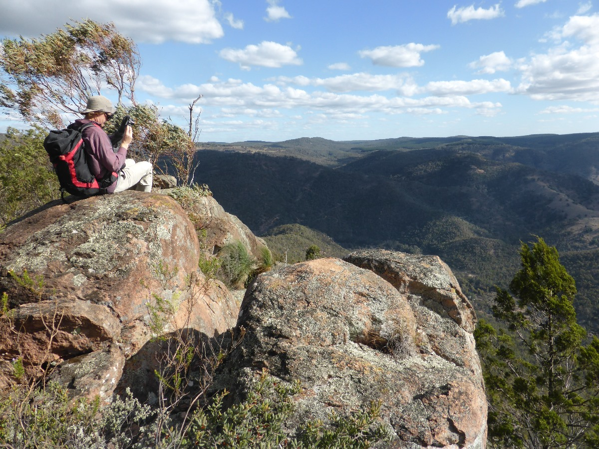 Lookout above Murrumbidgee River, Burrinjuck NR, by Ian Hickson